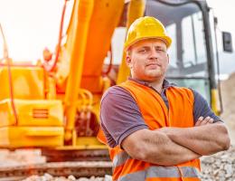 Внасяме резервни части за строителни машини