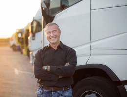 Внасяме резервни части за камиони, самосвали и ремаркета